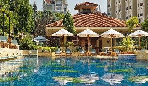 Hyatt Regency İstanbul Havuz 1