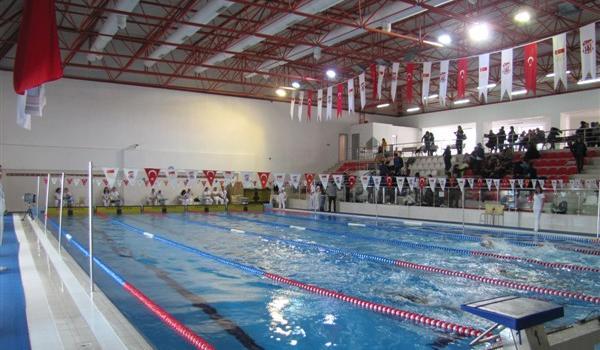 Burhan Felek Yüzme Havuzu 1