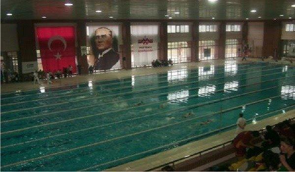 Maltepe Üniversitesi Yüzme Havuzu