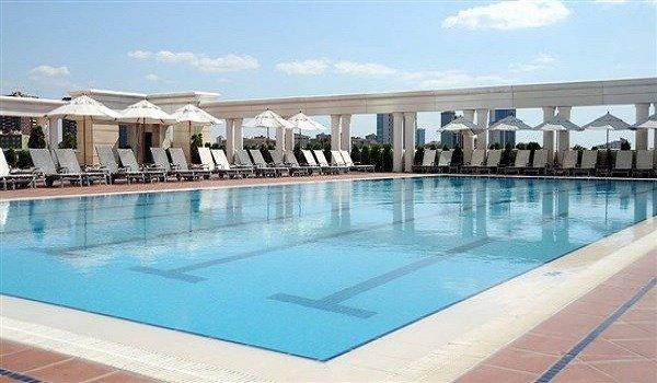 Marriott İstanbul Asia Havuz 1