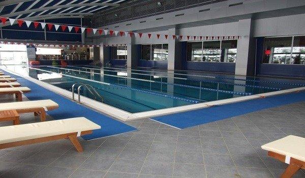 Okan Üniversitesi Yüzme Havuzu