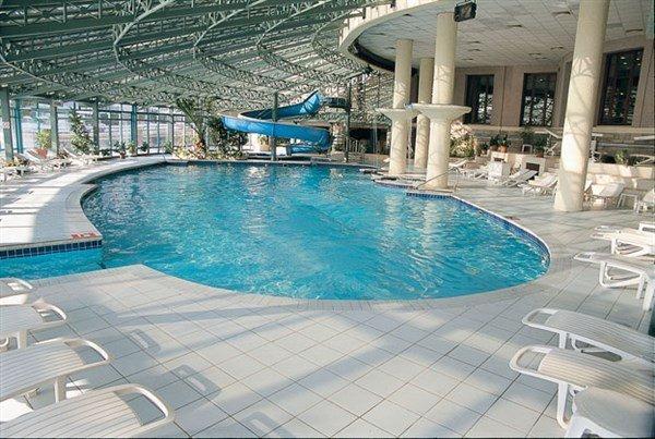 Klassis Resort Hotel Havuz 4
