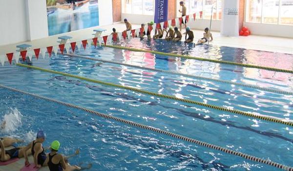 Esenyurt Belediyesi Yüzme Kursu